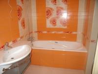 Угловая ванна-решение проблемы маленького пространства